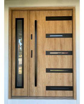Fargo 39 DB - front door with side panel
